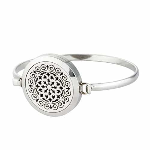Silver Style Aromatherapy Bracelet With Flower Design